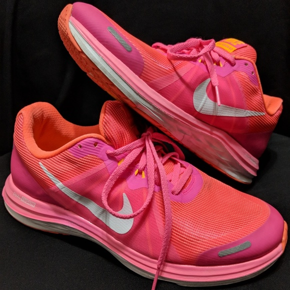 adc3c4bb3f6 ✨Nike Womens Dual Fusion X2 Running Shoes. M 5aeb1a70b7f72baa44f0f37f
